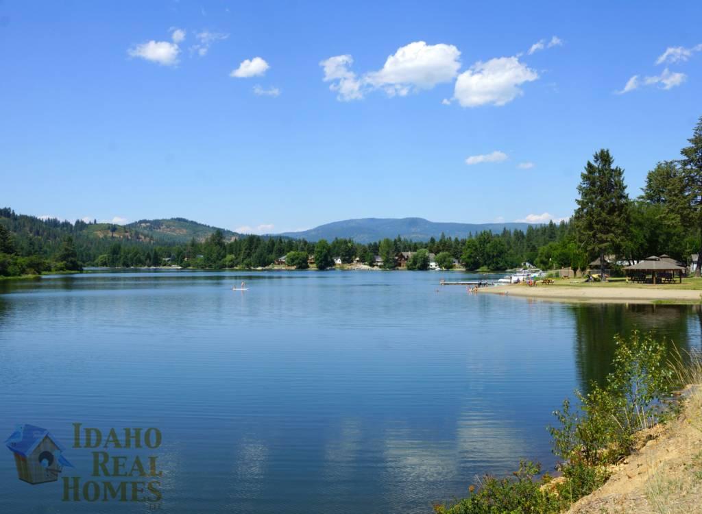 Spirit Lake Water Front Properties